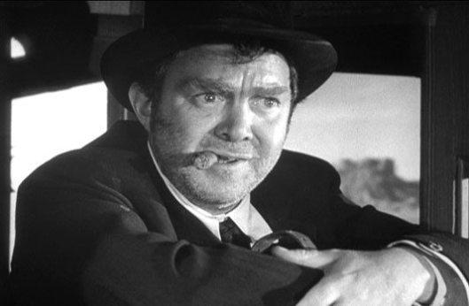 thomas-mitchell-stagecoach-8