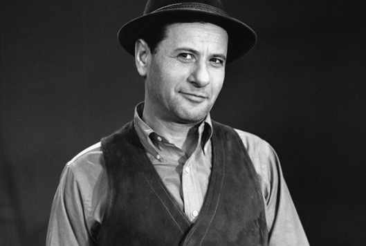 Eli Wallach the stage actor